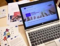 Eiropas Komisija aicina iesniegt priekšlikumus par atbalstu jauniešu brīvprātīgā darba aktivitātēm