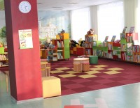 Bērnu bibliotēkā lasa, iepazīstas, uzzina un radoši darbojas