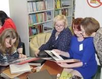 Bijušo darbinieku tikšanās Gulbenes novada bibliotēkā