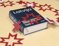 """Pieejams ilgi gaidītās Nacionālās enciklopēdijas drukātais sējums """"Latvija"""""""