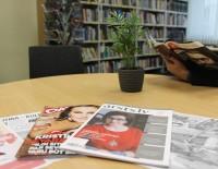 Dažādais preses izdevumu piedāvājums bibliotēkā