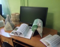 Radošo darbu izstāde Tirzas pagasta bibliotēkā
