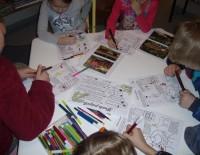 Radošās nodarbības ar bērnu krāsojamo grāmatu